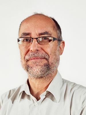 César Luis García García | Facultad